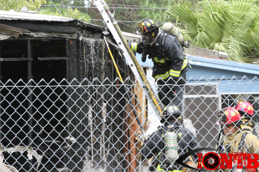 Structure fire at Pine Lane Mobile Home Park in St. Petersburg