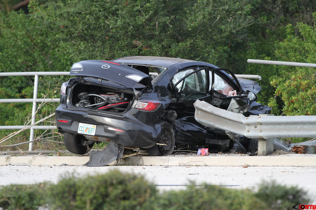 Vehicle flees from Pinellas Deputy resulting in a crash on Bryan Dairy (UPDATE)