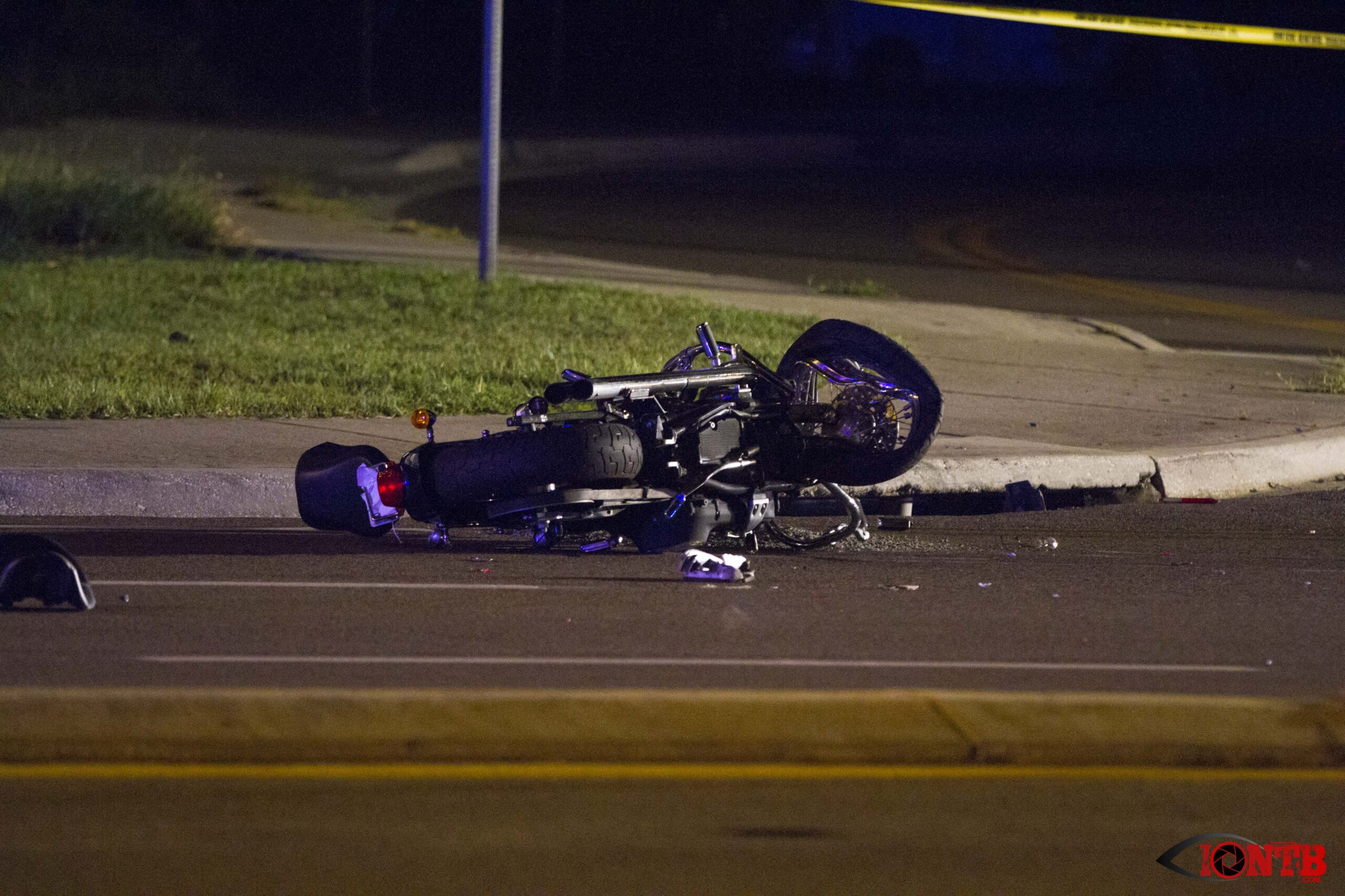 Motorcyclist Seriously Injured in Seminole Hit and Run Crash