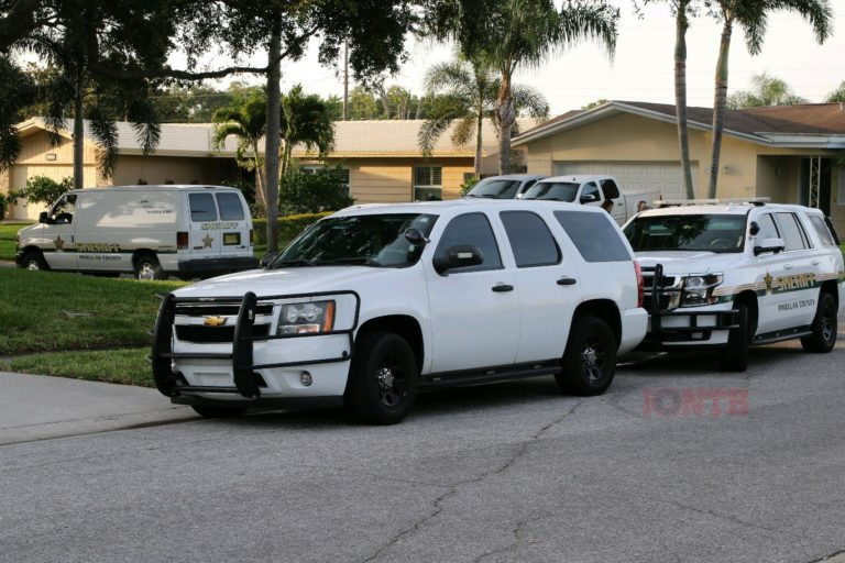 Pinellas Deputies investigating stabbing at a home in Unincorporated Largo