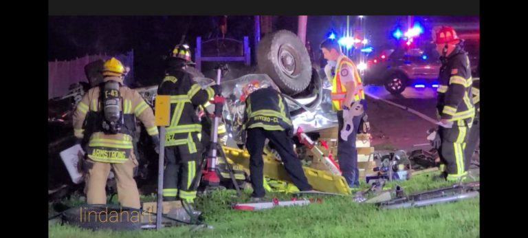 Driver seriously injured in rollover crash in Clearwater
