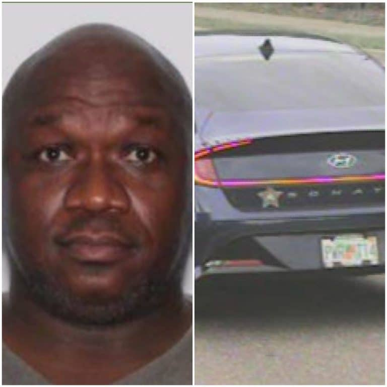 Man charged with murder after stabbing wife in Oldsmar home