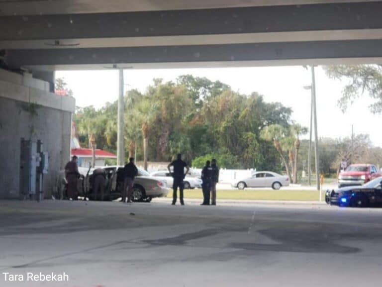 Man fleeing from FHP trooper crashes into concrete wall in Clearwater