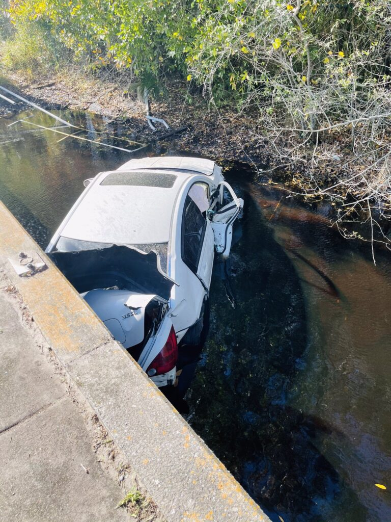 Tampa woman dead after her vehicle crashed into pond off East Lake Road
