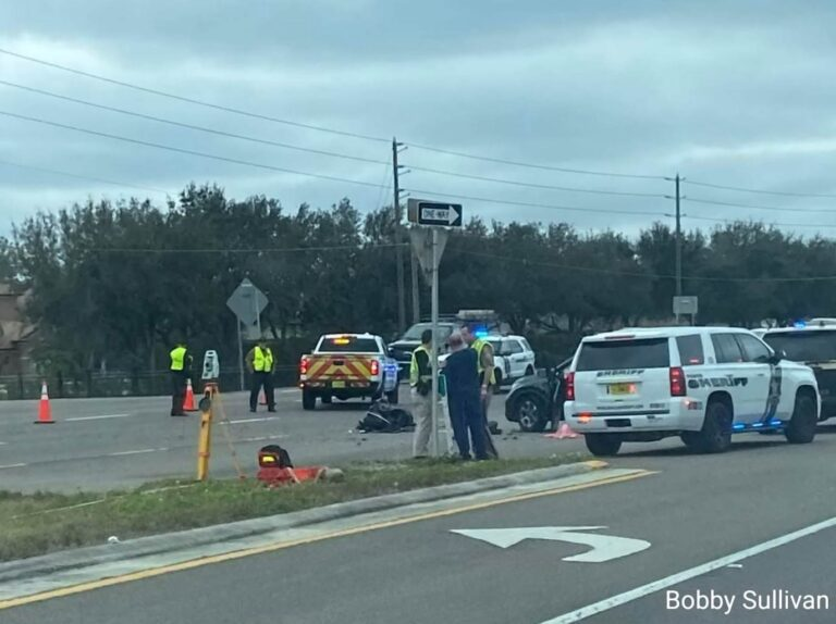 Two killed in crash involving a motorcyclist in Pasco County