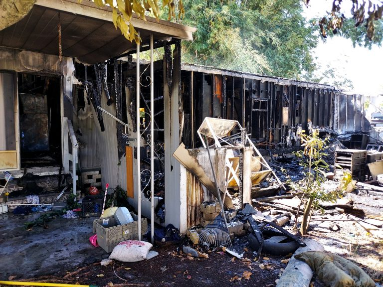 Police say arson led to fire that destroyed mobile home at Kings Manor in Largo